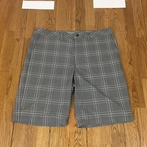 Travis Mathew Flat Front Shorts Men's size 38